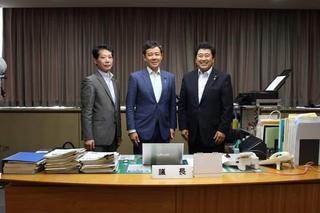 田畑さんの正副議長表敬訪問