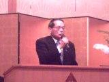 講演する平沢勝栄代議士
